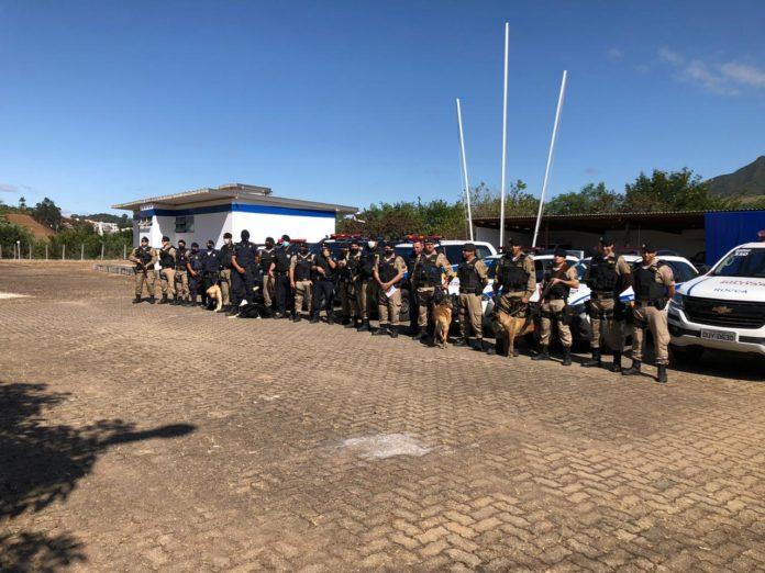 Equipe da Operação Cinturão Mantiqueira