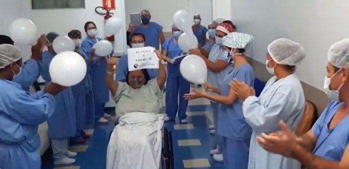 Ivana, ao sair do Hospital