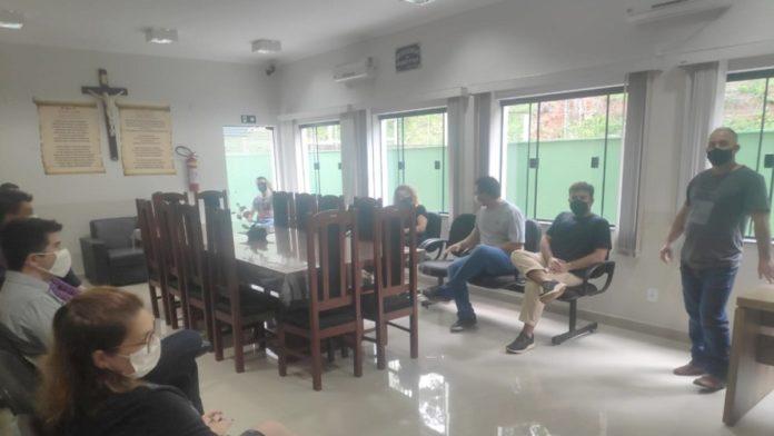 Vanderlei se reuniu com os servidores da Câmara Municipal